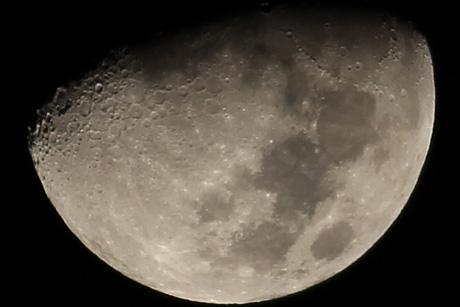 Moon300t