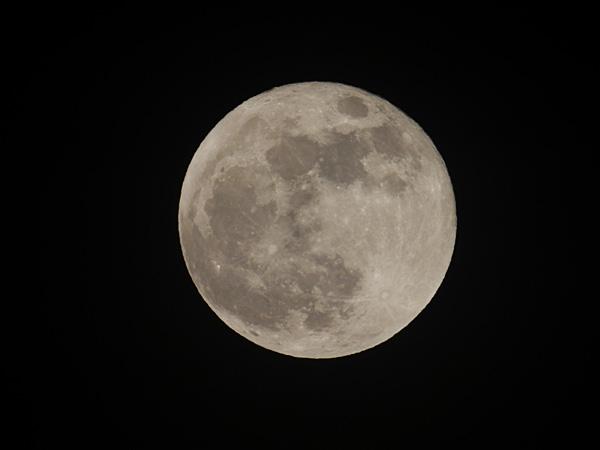 Moon20120506